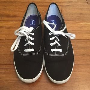 Classic black Keds with white laces!